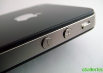 Apple iPhone 4: Volume Buttons